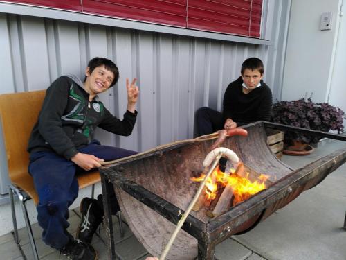 Bräteln in Feuerschale