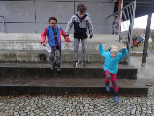 Fotochallange Kinder in Luft
